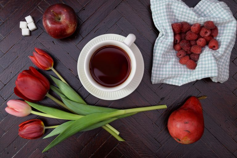 tea and fruit