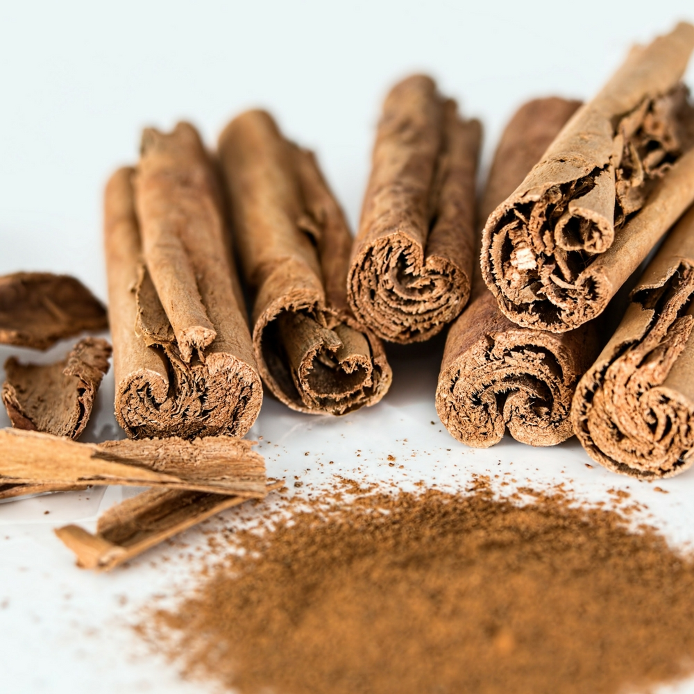 Don't forget Cinnamon in your fall essential oils collection! Here are a few benefits of Cinnamon essential oil and how to use it.