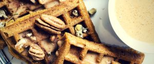 Want a quick and easy breakfast that's also sweet and satisfying? Check out this healthy sweet potato waffles recipe!