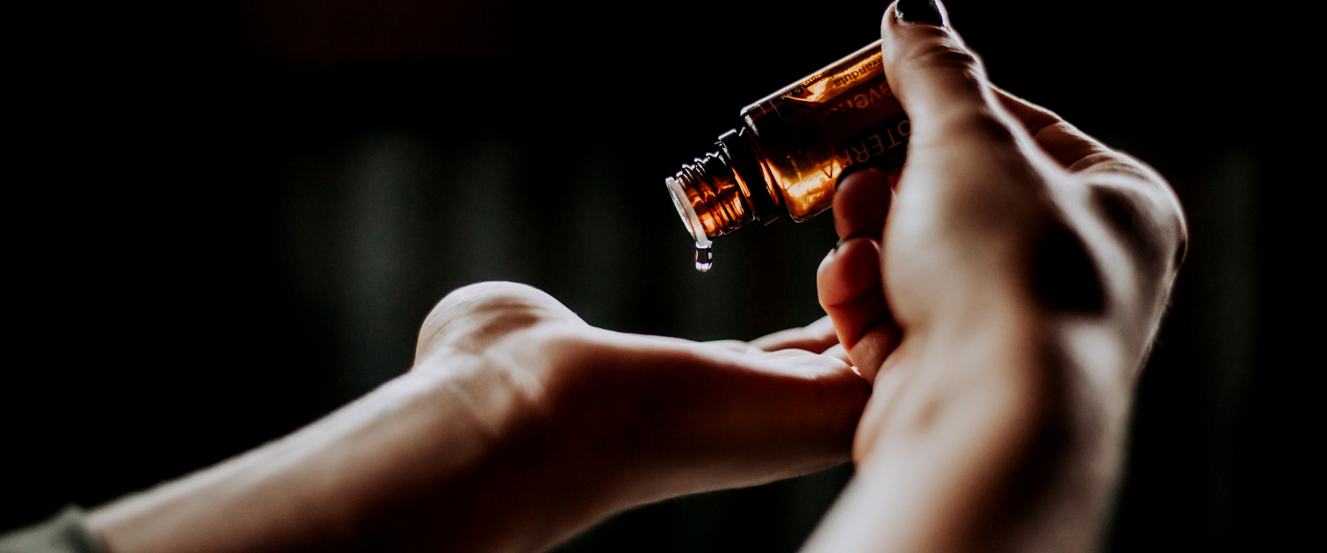 essential oil topical use